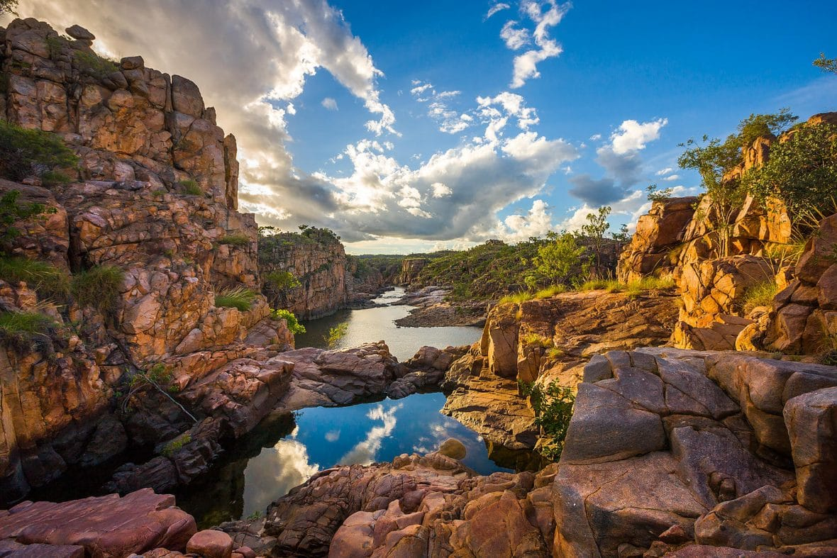 helicopter experiences with Katherine Gorge Day Tour on Dual Pilot Boeing 737 Flight Simulator Experience Montreal also Puffin as well Out Of Africa moreover A Prehistoric Island Among The Clouds further 2016 Vanderhall Laguna For Sale 1154951.